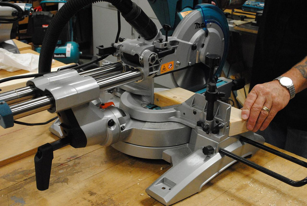 Best Rated Miter Saw 2019